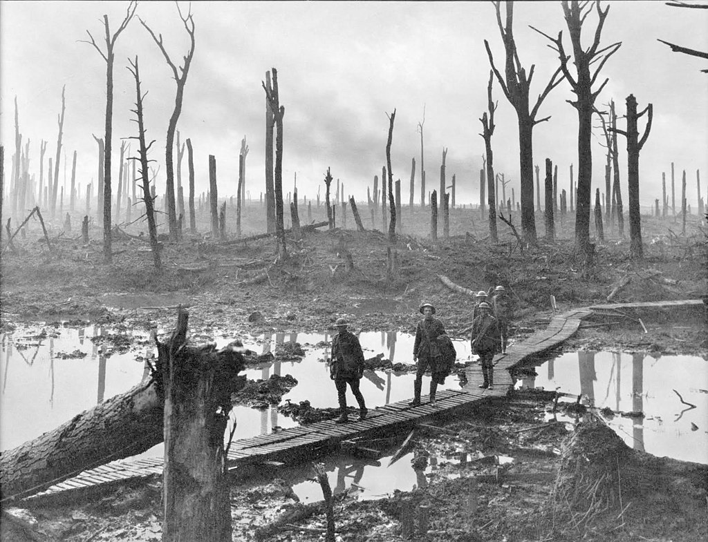 1024px Chateau Wood Ypres 1917